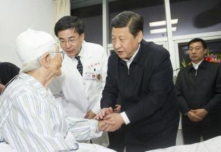 Число жертв взрыва на нефтепроводе в Циндао возросло до 55 человек