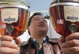 Борьба за нравственность в Китае привела к сокращению продаж коньяка на 50%