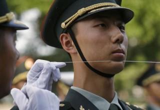 Китайская армия смягчила требования ради привлечения большего количества призывников [ИСПРАВЛЕНО]