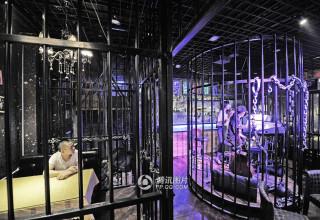 В Китае открылся ресторан-тюрьма