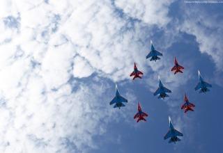 «Русские витязи» и истребитель Су-35 выступят на авиасалоне в Китае