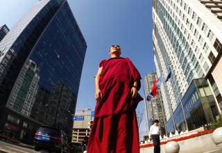 Богатые китайские коммунисты-буддисты