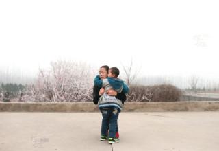Изгнанный из родной деревни ВИЧ-инфицированный мальчик начал новую жизнь