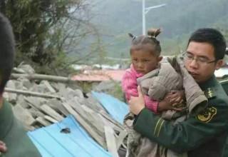 17 человек погибли в Тибете из-за землетрясения в соседнем Непале