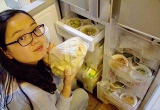 Солдат китайской армии приготовил жене еду на целый год