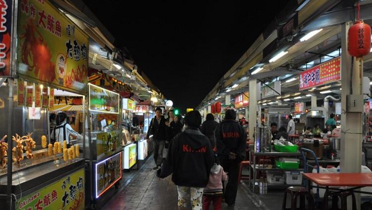 ночной рынок на Тайване