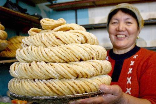 Жареное тесто саньцзы цинмин