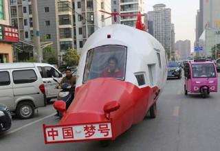 Китаец построил нелетающую копию вертолета (ФОТО)