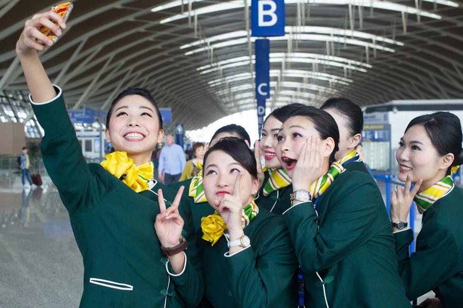 китайские стюардессы