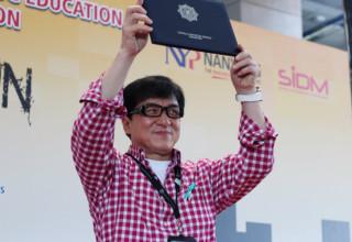 Джеки Чан стал послом анти-наркотической кампании Сингапура