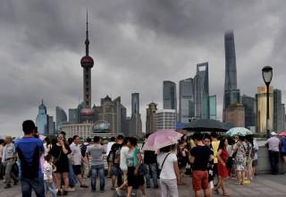 На восточные провинции Китая обрушился супертайфун «Чан-Хом»