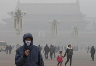 В преддверии военного парада власти Пекина намерены побороть смог