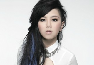 Китайская поп-певица покорила «Вершину Европы»