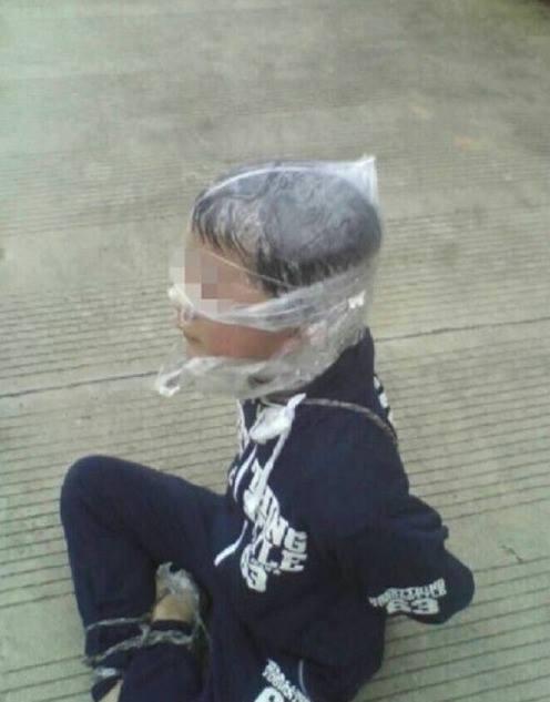 Китайский подросток сбежал от похитителя