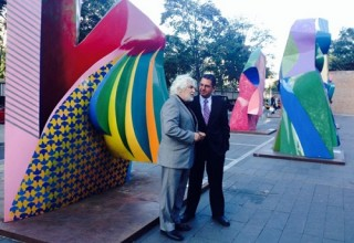 В Китае открылась выставка ярких и солнечных работ испанского скульптора