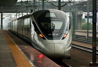 Из Пекина в Гонконг за 8 часов: одобрен план нового скоростного поезда