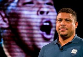Бразильский футболист Роналдо откроет три футбольные школы в Китае