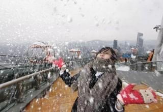 В Гуанчжоу впервые за 50 лет выпал снег: фото из китайских соцсетей