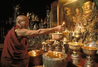 Правительство КНР запустило онлайн-сервис проверки подлинности живых будд