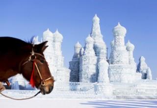 В Харбине начал работу международный фестиваль льда и снега