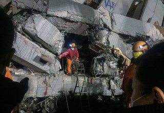 Число жертв землетрясения на Тайване возросло до 93 человек