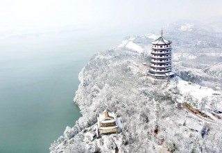 Снежная пагода
