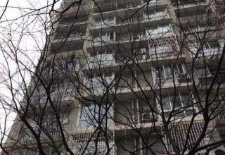 В Китае 4-летняя девочка выжила после падения с 11-го этажа