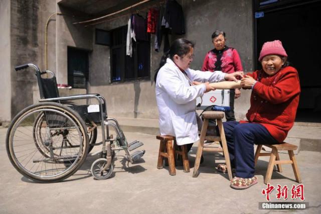 villagefemaledoctor-chongqing-3