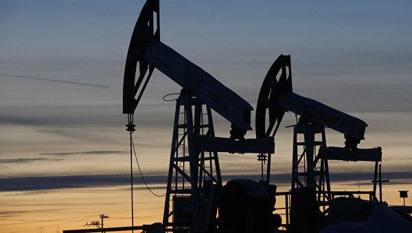 "Станции по добычи нефти компании ""Лукойл"". Фото: ria.ru"