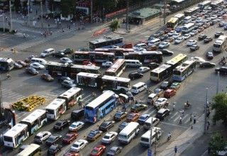 Более 700 человек ежедневно погибают на дорогах в КНР