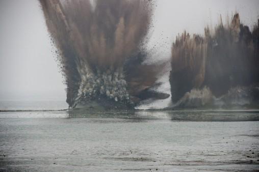 взрыв дамбы