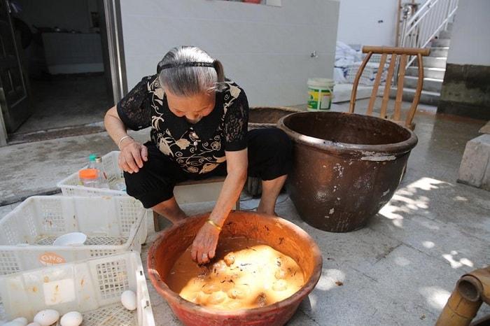 соленые утиные яйца