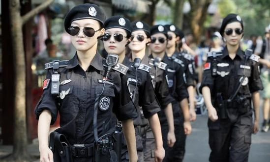 Женский патруль в Ханчжоу в Китае