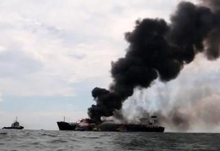 На нефтяном танкере в южном порту Китая прогремел взрыв