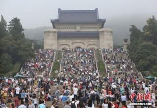 «Золотая неделя» в Китае: по ту сторону фотокамер