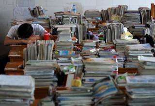 В Китае 6 учителей оказались в тюрьме за помощь в списывании