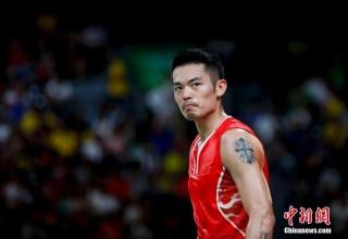Китайская звезда бадминтона публично извинился за измену беременной жене