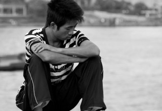 Опрос: 9 из 10 китайцев испытывают беспокойство в конце года