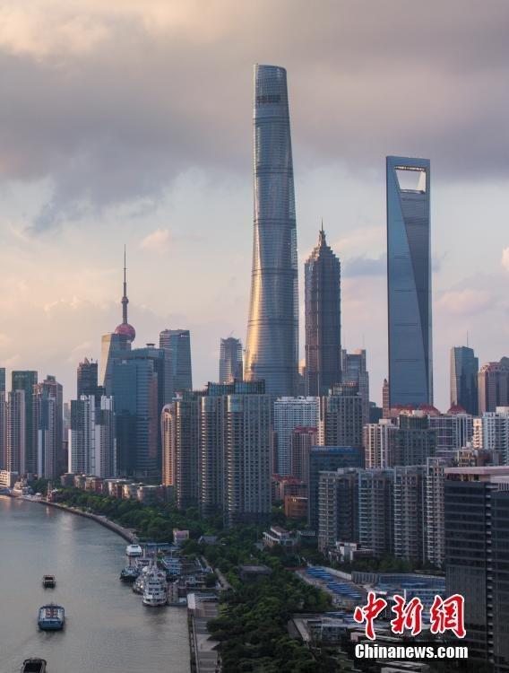 sightseeing_shanghai_tower_3