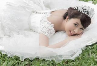 Больная раком китаянка снялась в свадебной фотосессии… без жениха