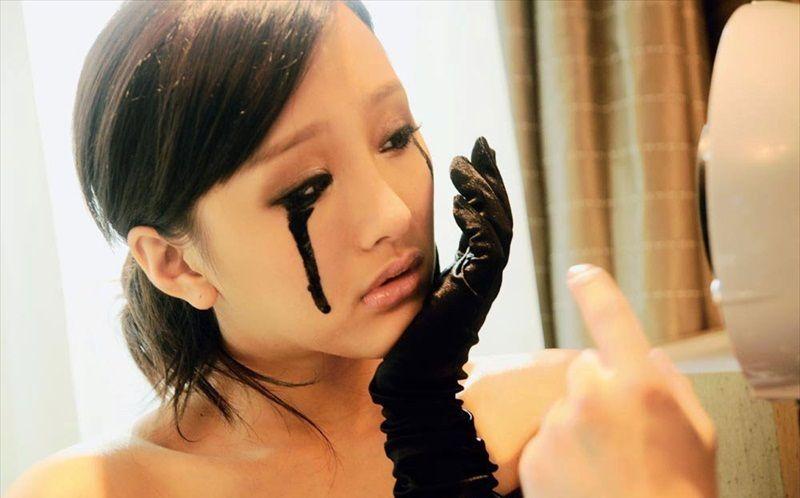 Вплоть до черных слез: степень отрицательного влияния контрафактной виагры на организм трудно предсказать