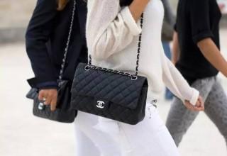 В Китае появился сервис по аренде сумок люксовых брендов