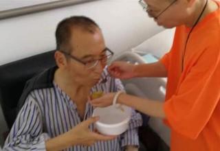 Скончался китайский правозащитник и нобелевский лауреат Лю Сяобо