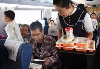 В Китае появилась доставка еды в поезда