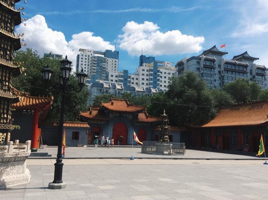 Ворота храма Цзилэсы.