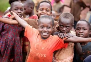 Новый бизнес на китайском Taobao: Поздравления и реклама от африканских детей