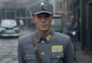 Китайские звезды в военной форме (ФОТО)