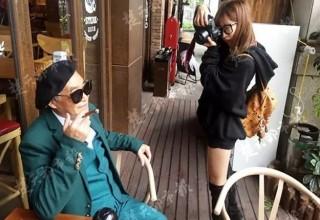 Моде все возрасты покорны: китайский дедушка-стиляга завоевывает поклонников