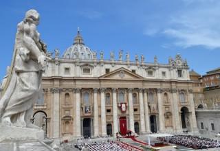 Пекин запретил китайским туристам посещать Ватикан