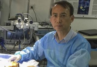Китайский микрохирург готов пересадить голову живому человеку
